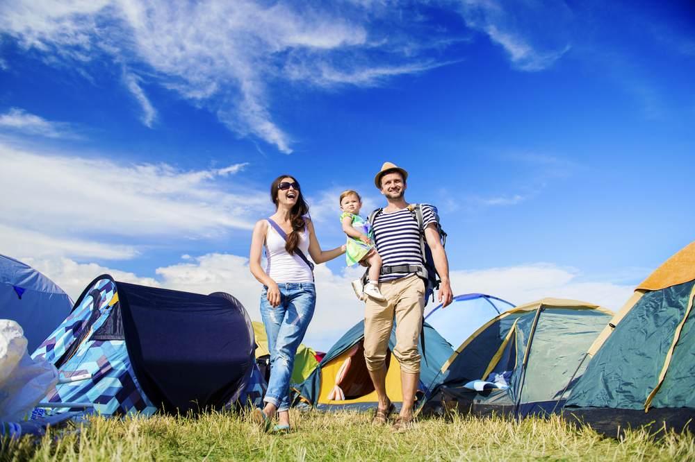 Les campings avec emplacements nus, tente et caravane-1