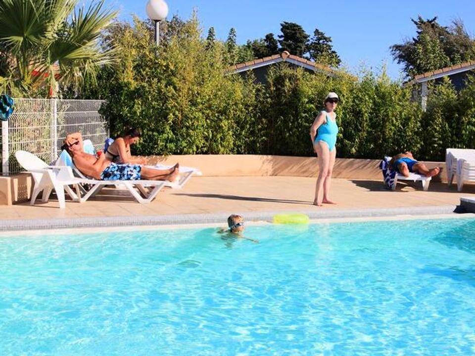 Camping Le Hameau des Cannisses  - Camping Aude