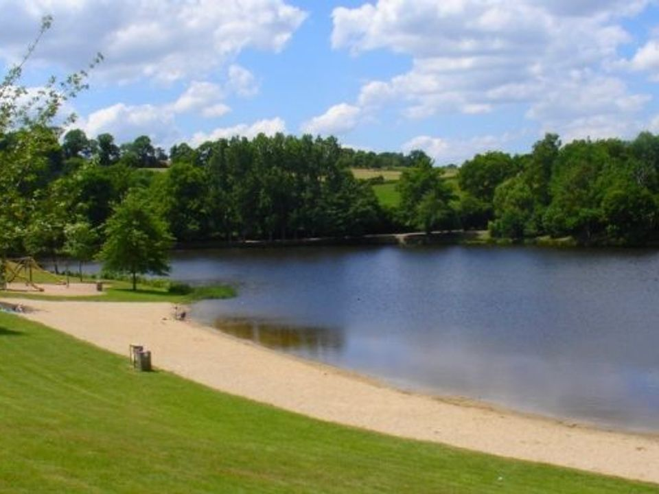 Camping La Roussille - Camping Creuse