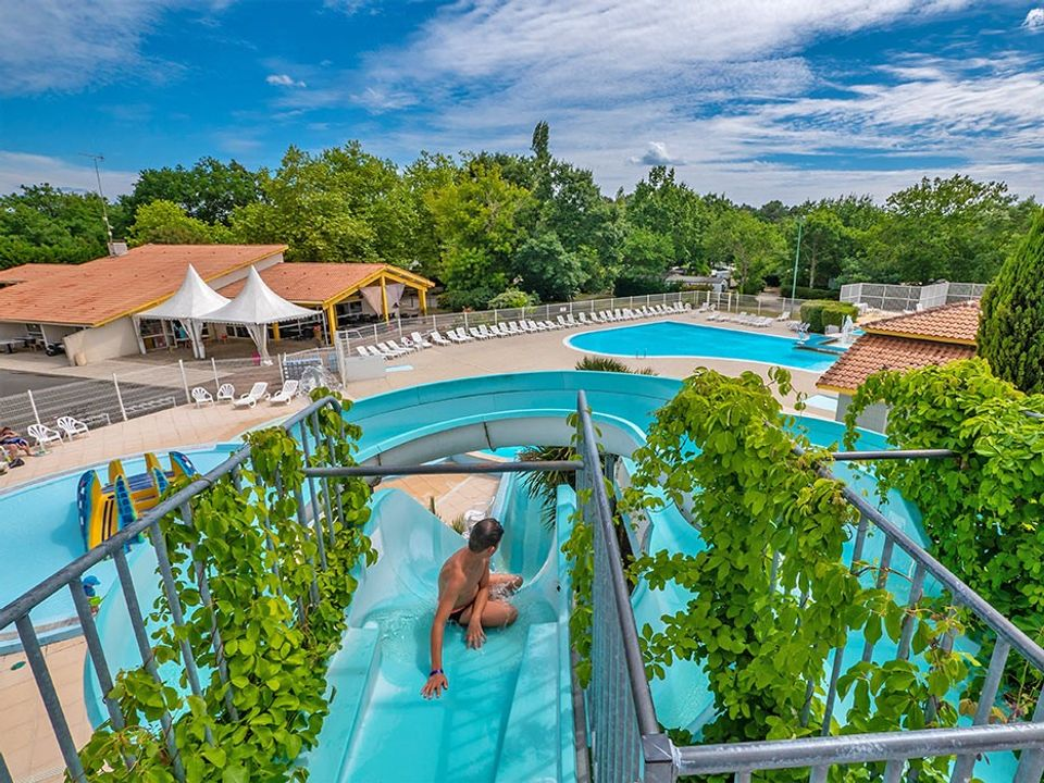 To sur Camping Lou Broustaricq  - Camping Landes