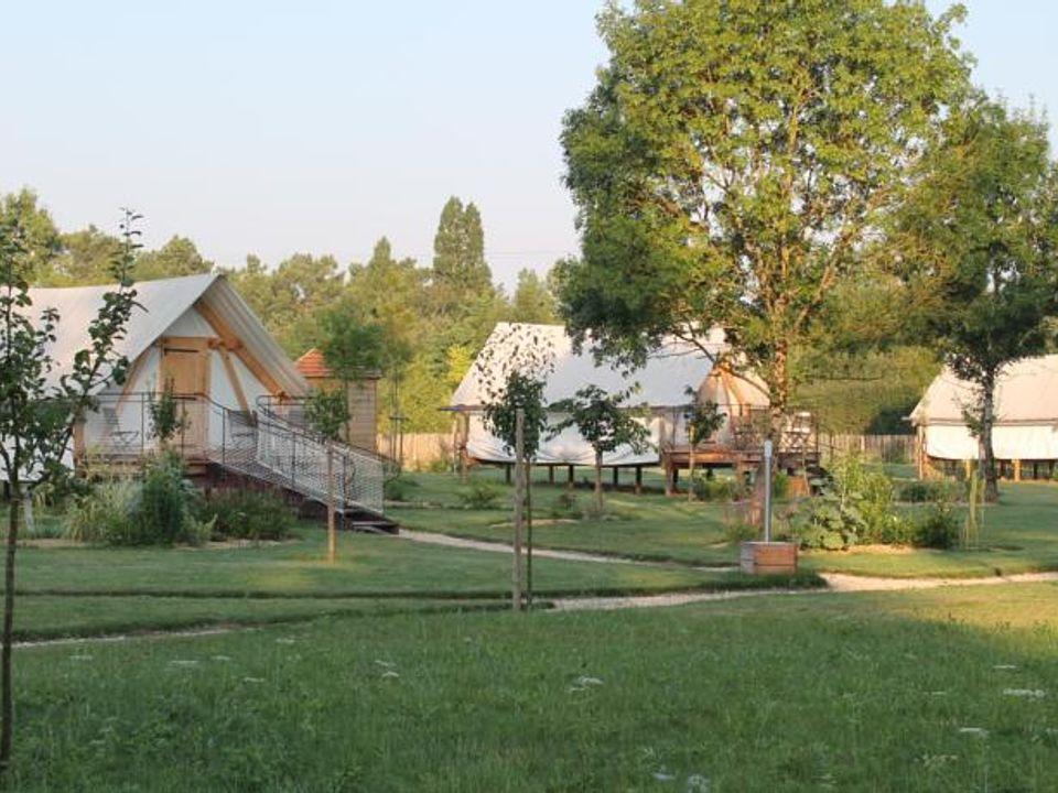 Camping Escale des Châteaux de la Loire - Camping Loir-et-Cher