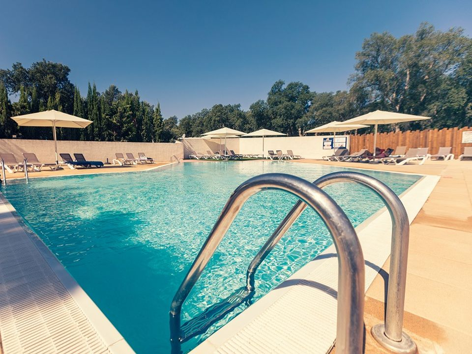 Camping Les Chênes Rouges - Camping Pyrenees-Orientales