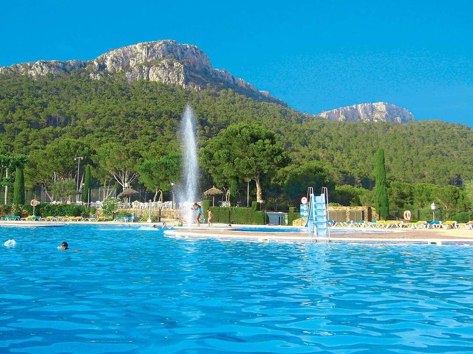 Camping Castell Montgri - Camping