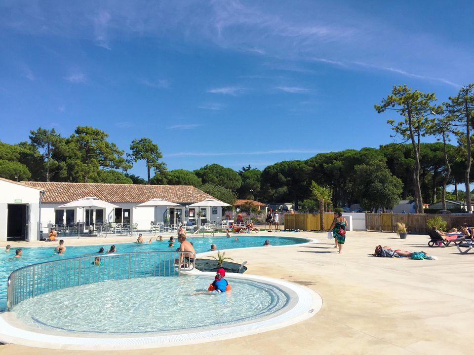 Camping Le Suroit, 4*- Bois Plage en Ré - 1