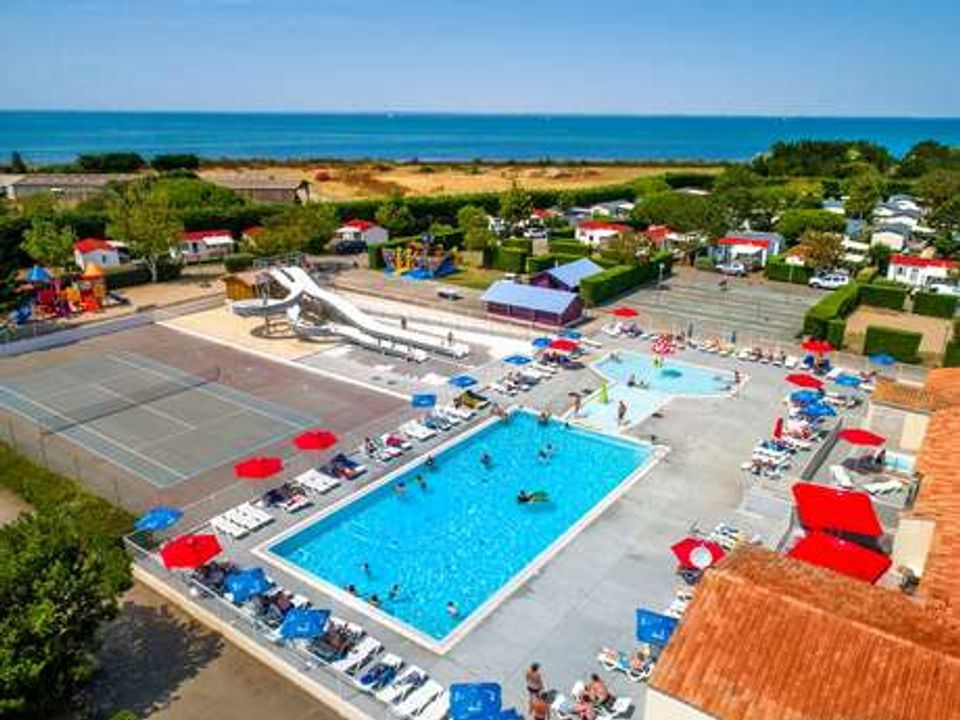 Flower Camping Les Ilates - Camping Charente-Maritime