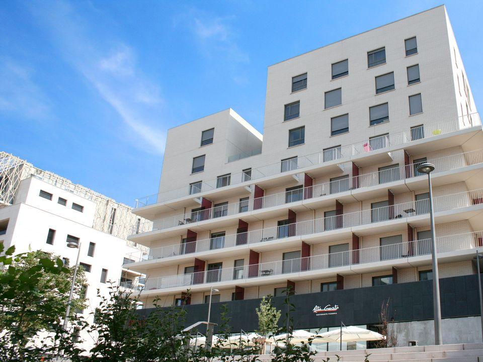 Appart'Hotel Confluence - Camping Rhône