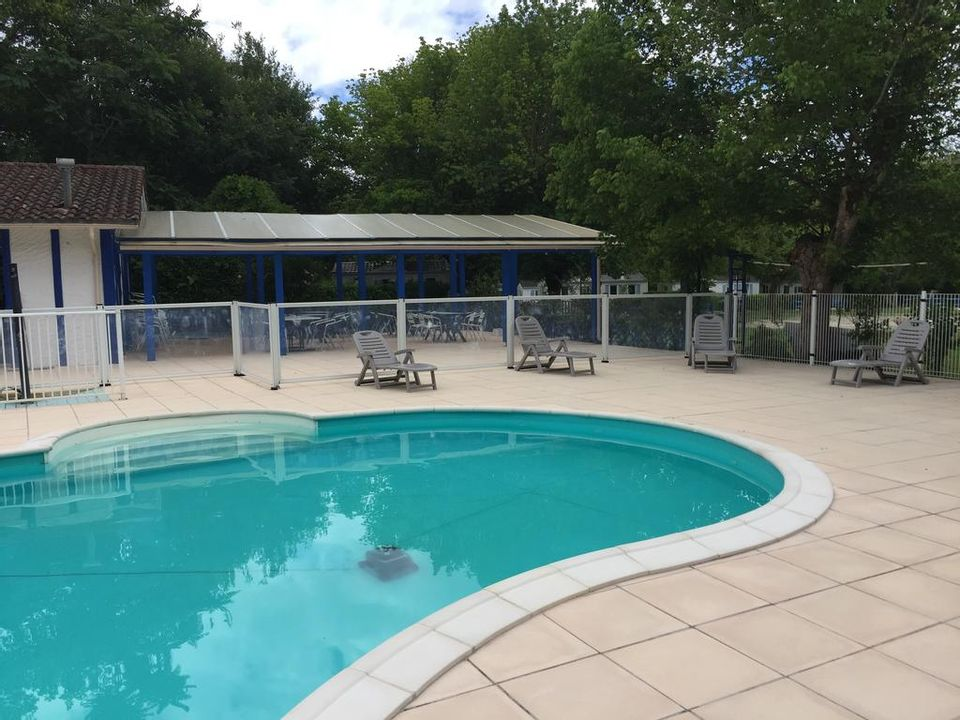 Camping Les cottages D'Onesse - Camping Landes
