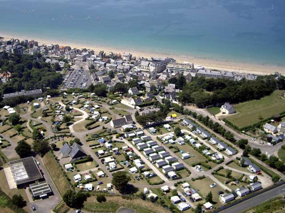Camping Les Monts Colleux - Camping Cotes-Armor