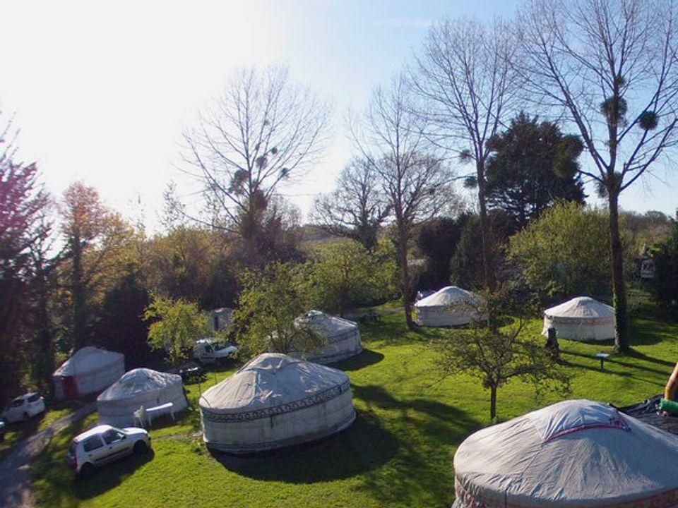 Camping Le Village de Yourtes - Camping Côtes-d´Armor