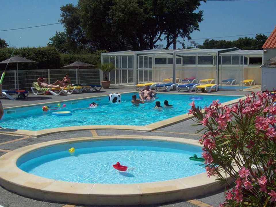 Camping Le Roc  - Camping