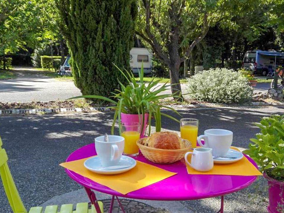 Camping Les Avignon, 3*