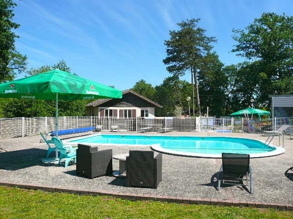 Camping Parc Du Chateau - Camping
