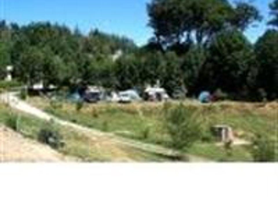 Camping La Presqu'île - Camping Aveyron