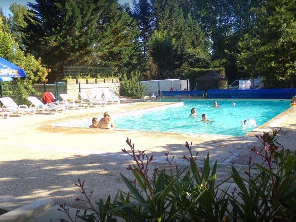 Camping au Fil de l'eau - Camping Dordogne