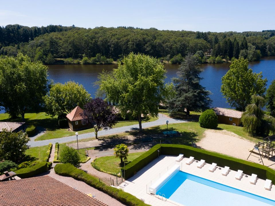 Parc Résidentiel De Loisirs Vivale - Camping Dordogne