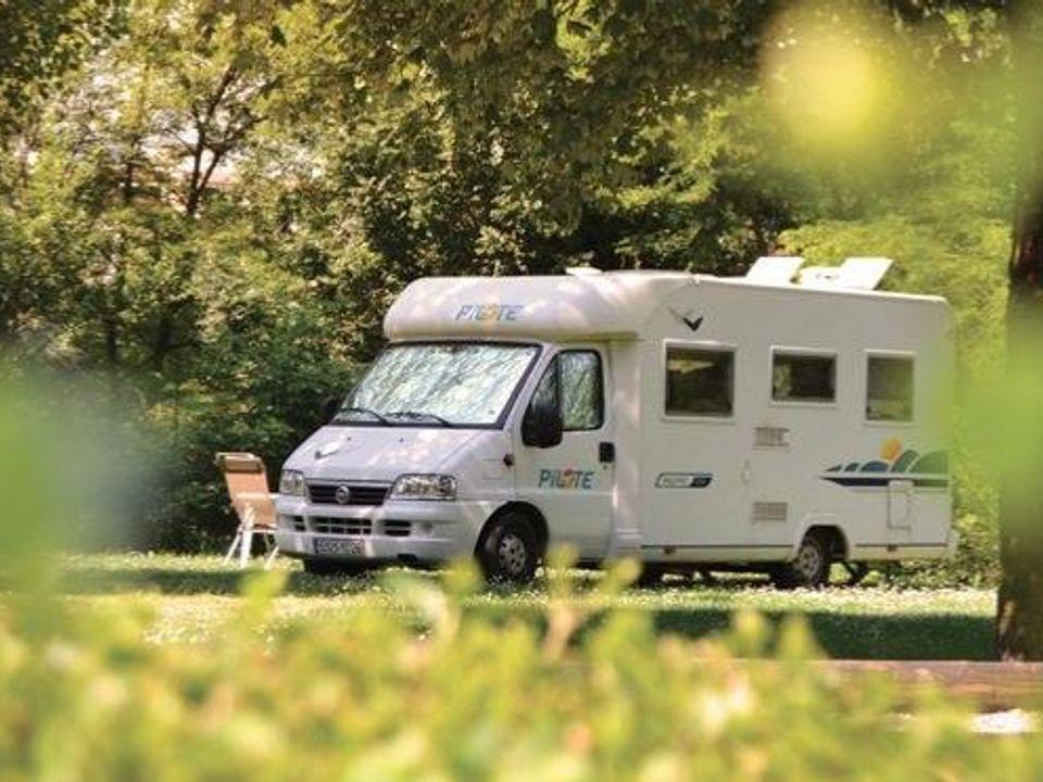 Camping Municipal Des Adoubes - Camping Savoie