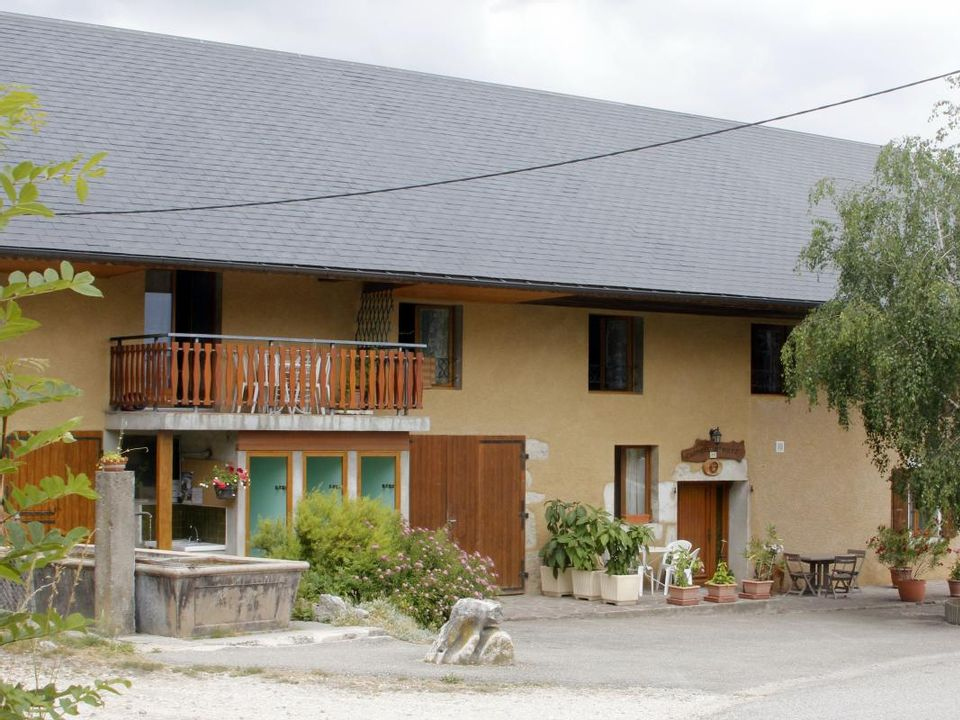 Camping rural Sous La Colline de Gilbert Goury  - Camping Savoie