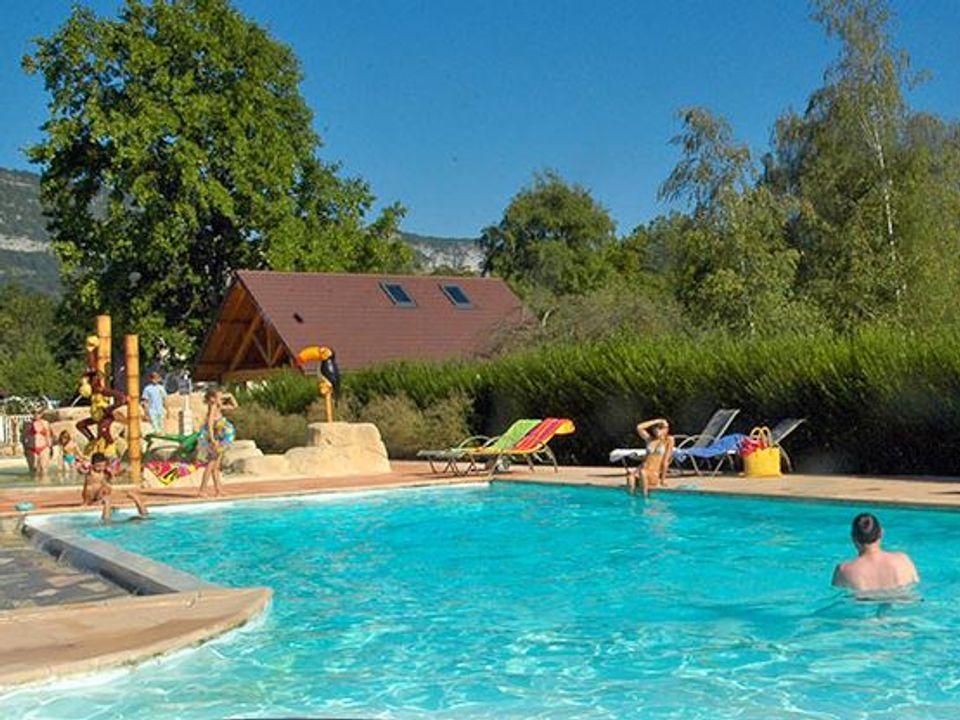 Camping International Du Lac Bleu - Camping Haute-Savoie