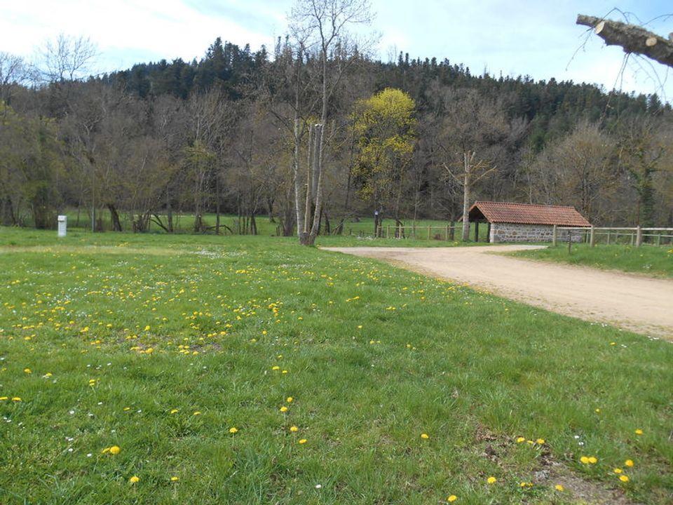 Camping Municipal Du Lavoir - Camping Loire