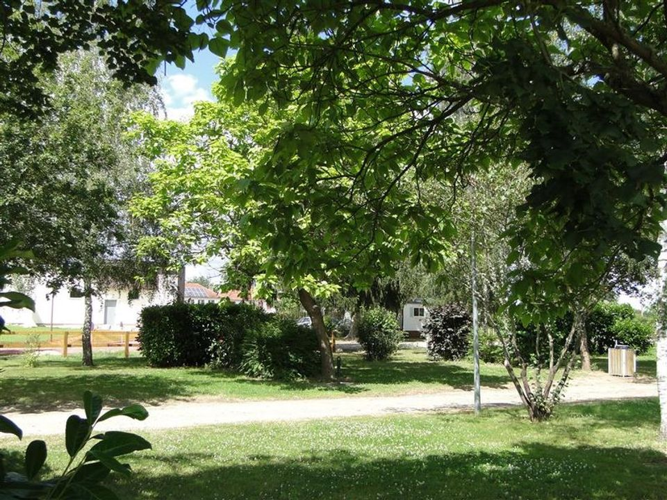 Camping Municipal de Clairval - Camping Allier