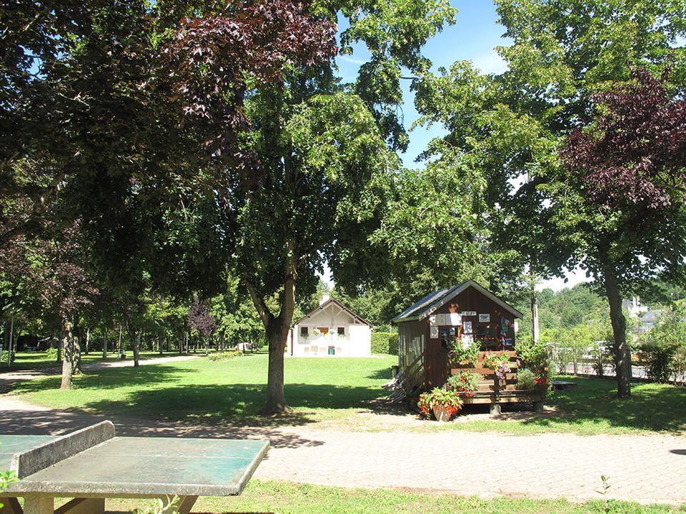 Camping Municipal Des Rives De La Bouzanne - Camping Indre