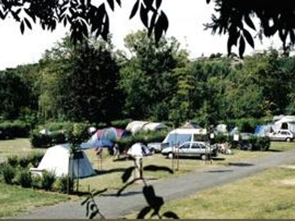 Camping Municipal du Clos Imbert - Camping Deux-Sevres
