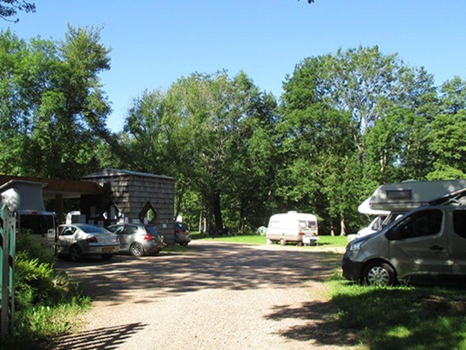 Camping Municipal de Saint Père - Camping Yonne