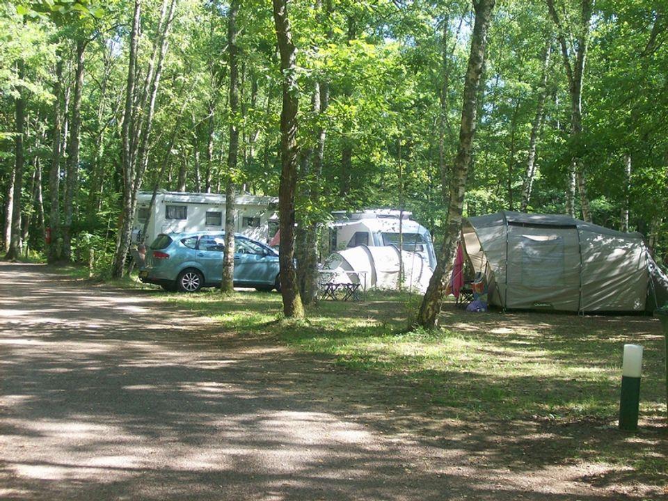 Camping Municipal La Calanque - Camping Yonne