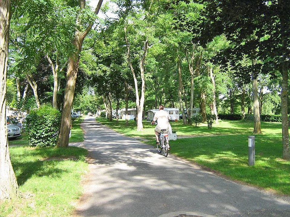 Camping L'isle Aux Moulins - Camping Loiret