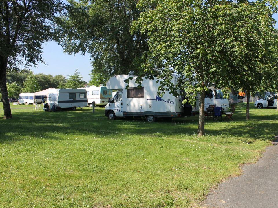Camping Municipal Le Port - Camping Sarthe