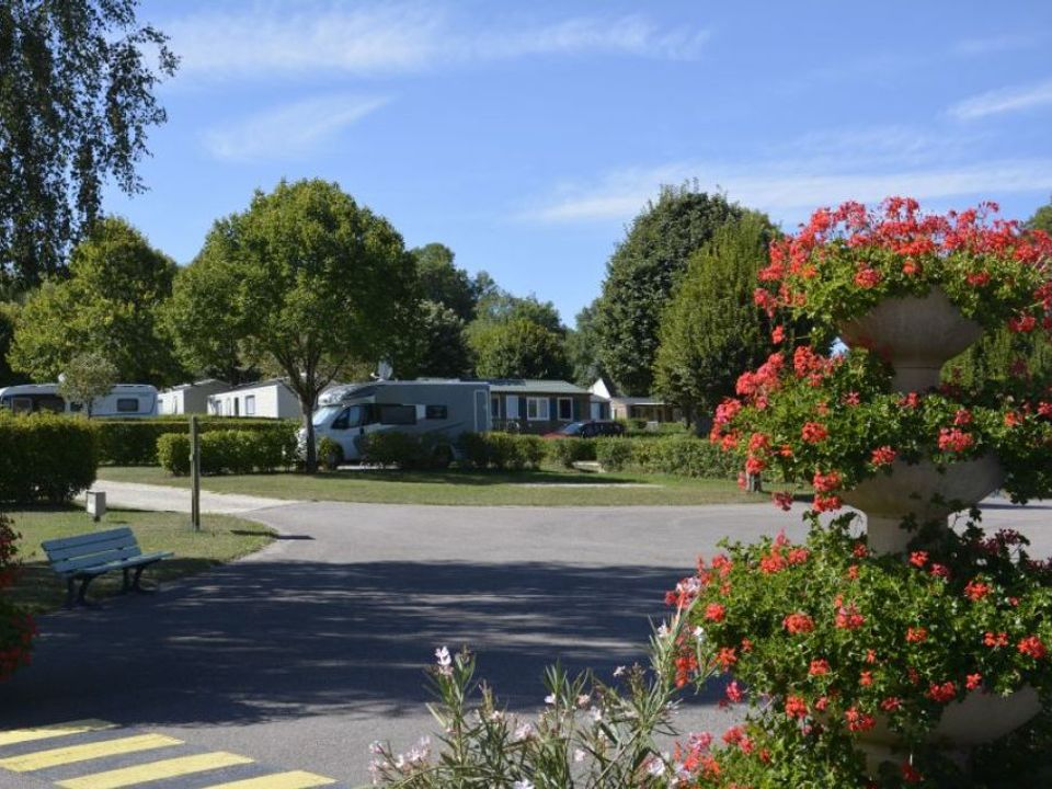 Camping Le Montemorency - Camping Haute-Marne