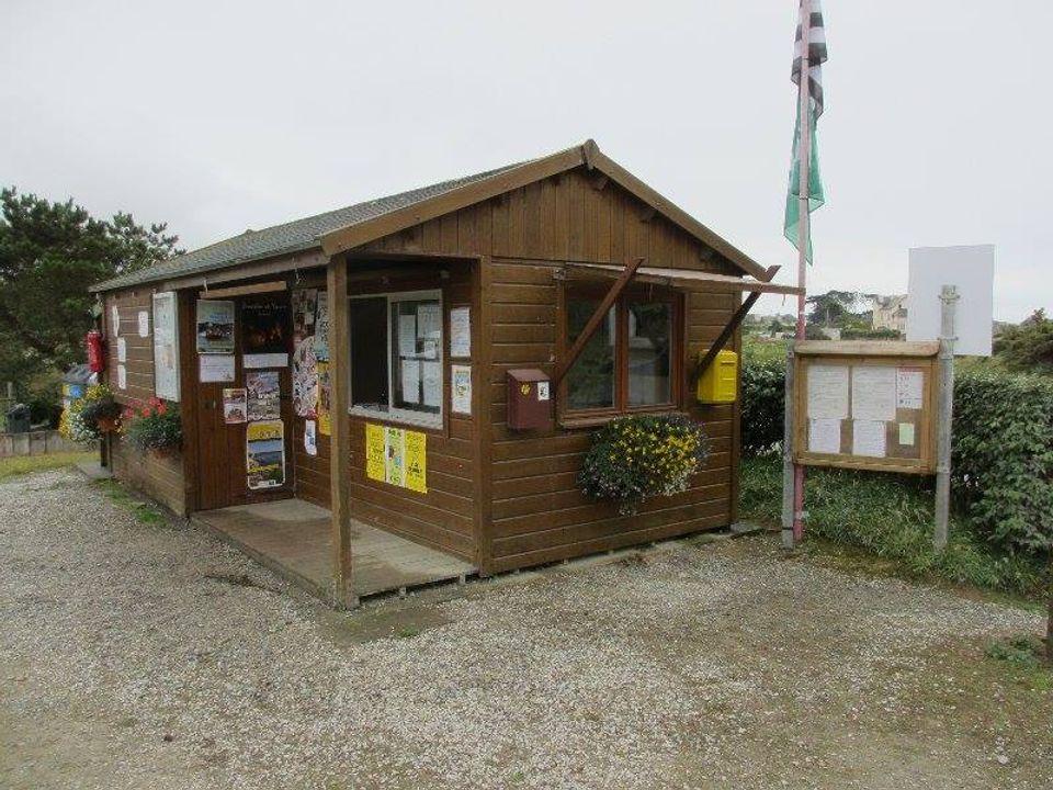 Camping Municipal Saint Gonvel - Camping Finistere