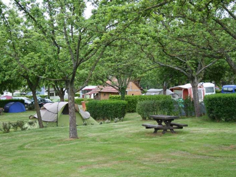 Camping Municipal Le Pont Roulland - Camping Manche
