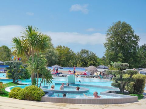 Camping Les Grosses Pierres - Camping Charente-Maritime - Image N°2