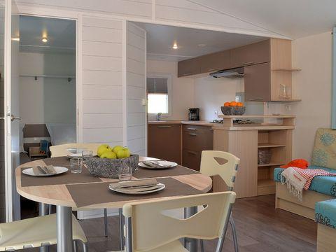 MOBILHOME 5 personnes - COTTAGE GRAND CONFORT (2 chambres et  terrasse semi couverte)