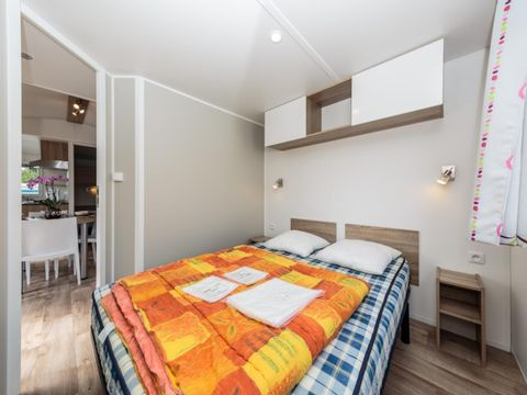 MOBILHOME 5 personnes - Confort 2 chambres - Terrasse