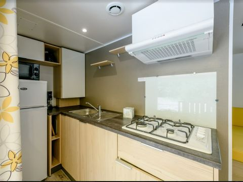 MOBILHOME 10 personnes - 4 chambres confort - 40m²
