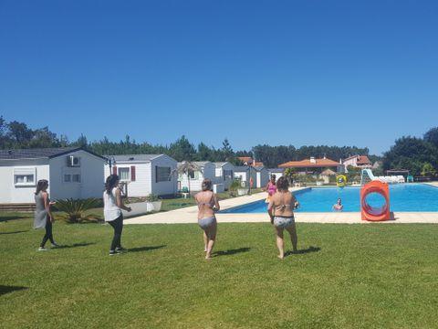 Camping Land's Hause Bungalow - Camping Région de Lisbonne - Portugal - Image N°4