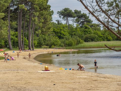To sur Camping Lou Broustaricq  - Camping Landes - Image N°22