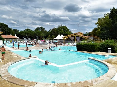 To sur Camping Lou Broustaricq  - Camping Landes - Image N°2