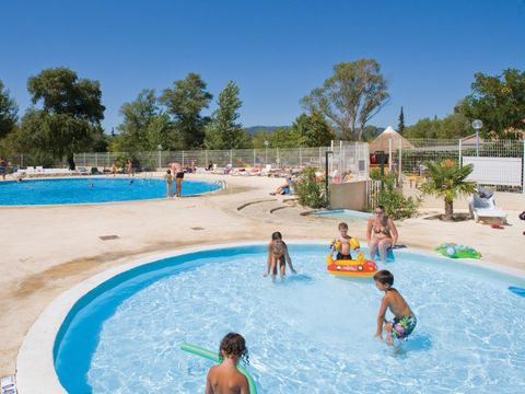 Camping Domaine des Iscles - Camping Bouches-du-Rhone
