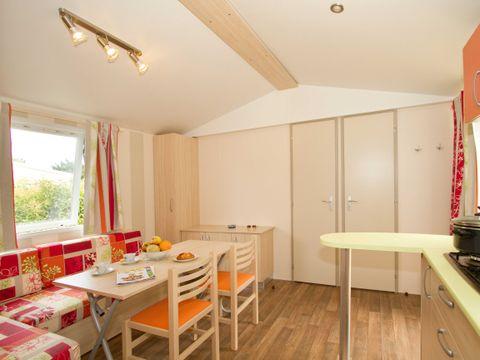 MOBILHOME 6 personnes - Confort 2 chambres (terrasse semi-couverte)