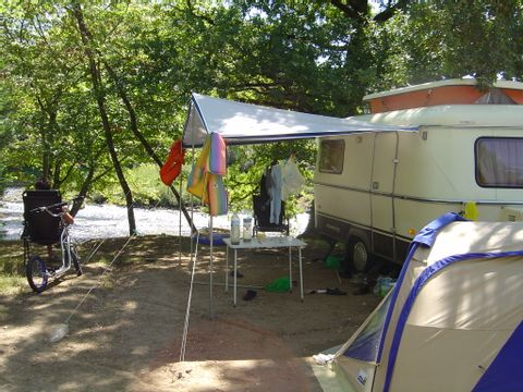 Corrèze  Camping L'Europe  - Camping Corrèze - Afbeelding N°7