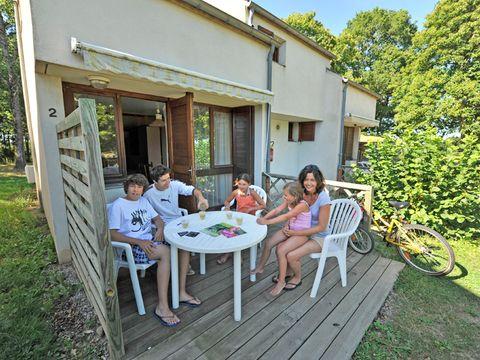 Hameau de Gîtes des Combrailles - Camping Creuse - Image N°4