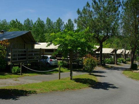 TENTE TOILE ET BOIS 6 personnes - Lodge ULIA (sur pilotis)