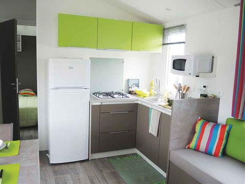 MOBILHOME 6 personnes - FAMILLE  + TV
