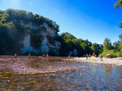 Camping Le Rocher de la Cave - Camping Dordogne - Image N°4