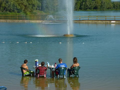 Camping du Lac de Cormoranche  - Camping Ain - Image N°4