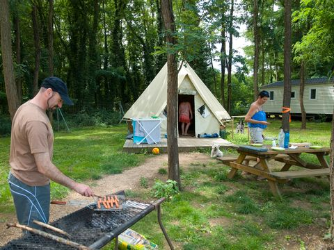 Camping du Lac de Cormoranche  - Camping Ain - Image N°12