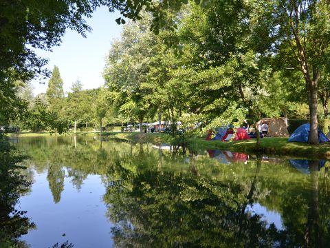 Camping La Rivière - Camping Vienne - Image N°6